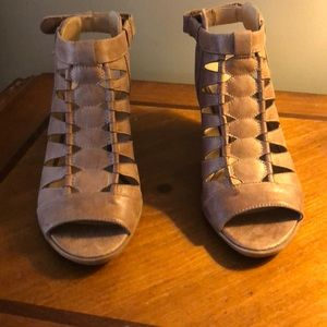 Naturalizer open toed booties